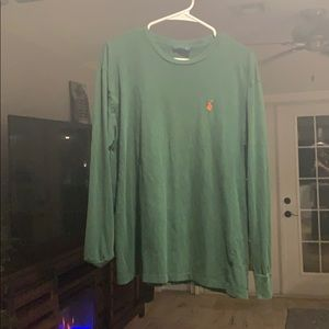 A polo long sleeve
